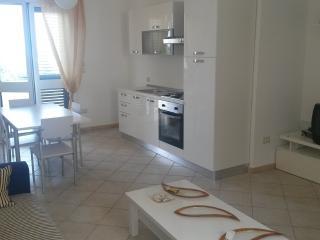 SPLENDIDO APPARTAMENTO (P.T.) A 200 M. DAL MARE - Gallipoli vacation rentals