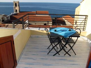 Beautiful 1 bedroom Apartment in Cefalu with A/C - Cefalu vacation rentals