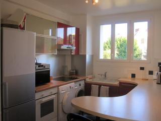 Fully Furnished Apartment, Caen, Normandy, France - Ranville vacation rentals