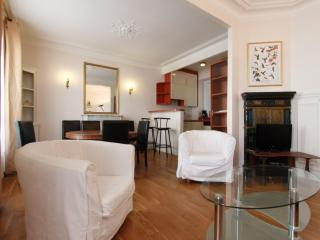 Chez Malar - Wonderful Apartment ! - Paris vacation rentals