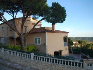 Villa Ideally located in the Costa Brava - Santa Cristina d'Aro vacation rentals