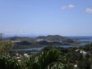 F.W.I. Maison panoramique calme ventilée jardinet - Martinique vacation rentals