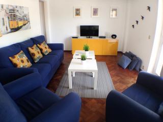 NEW! Lisbon Belém Cosy 3Bedroom Apartment - Lisbon vacation rentals