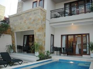 LEGIAN - 3 Bedroom Villa - HEART OF LEGIAN - Dewi - Legian vacation rentals