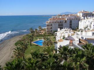 2143 Playa Lunamar beach side - Sitio de Calahonda vacation rentals