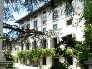 GARDA DESIGN SPACE IN HISTORICAL PALACE - Toscolano-Maderno vacation rentals