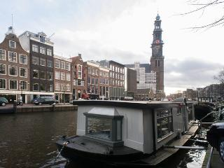 Houseboat Suite Westertoren in Amsterdam Centre - Amsterdam vacation rentals