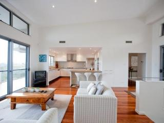 Sunrise Beach House - Yandina vacation rentals