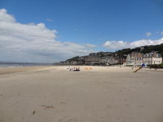 Nice Chalet with Internet Access and Television - Trouville vacation rentals