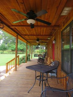 Nice Cabin with Internet Access and Dishwasher - Nacogdoches vacation rentals