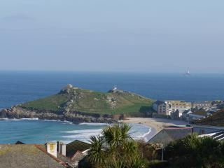 Beach Haven, St Ives, Fabulous Sea Views! - Saint Ives vacation rentals