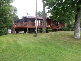 Pemberley - Luxury Lakehouse - Marmora vacation rentals