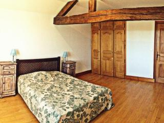 Gite perigord grange restaurée 6/12 pers - Thiviers vacation rentals