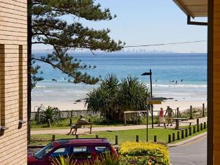 Pacific View unit 5 - Rainbow Beach vacation rentals