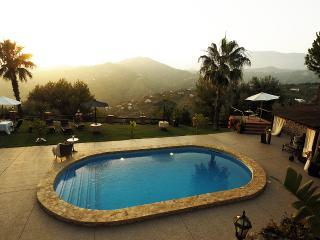 Large House with Private Pool (Villa el Pino) - Algarrobo vacation rentals
