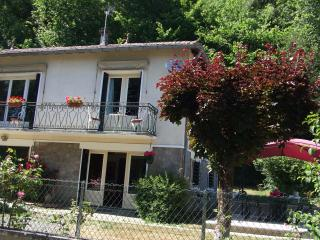 Nice 2 bedroom Gite in Exideuil - Exideuil vacation rentals