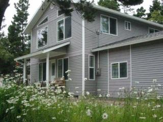 Beachside Cottage - Private, Peaceful, Spacious - Rockaway Beach vacation rentals