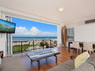 Absolute beachfront apartment - nothing but the sand - Palm Beach - Palm Beach vacation rentals