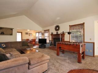 Moonridge Chalet: Moonridge Charmer w/ Foosball - Big Bear Area vacation rentals