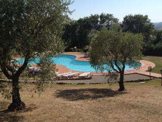 Perfect 1 bedroom Vacation Rental in Monteriggioni - Monteriggioni vacation rentals