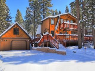 Pine View Escape: Quiet Escape w/ Spa and Ping Pong Table - Big Bear City vacation rentals