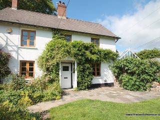Old School House, Brushford - Sleeps 6 - Exmoor National Park - fabulous area for walking - Dulverton vacation rentals