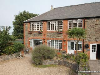 Old Tannery Apartment, Porlock - Exmoor National Park - sleeps 4 - Porlock vacation rentals