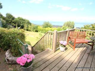 St Anthony's Cottage, Porlock Weir - Sleeps 4 - Exmoor National Park - Sea View - Large Garden - Porlock Weir vacation rentals