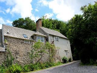 Worthy Cottage, Porlock Weir - Sleeps 2 - Exmoor National Park - Sea View - Porlock Weir vacation rentals