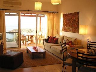 Beautiful Condo with A/C and Television - Tatlisu vacation rentals