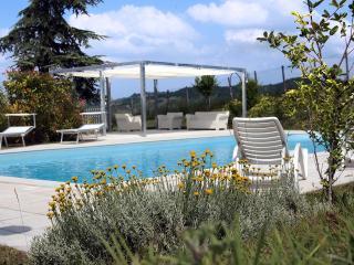 Perfect 4 bedroom Villa in Sarezzano with A/C - Sarezzano vacation rentals
