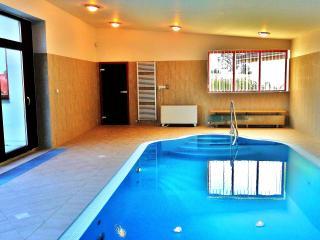 Beautiful 4 bedroom Villa in Jindrichuv Hradec - Jindrichuv Hradec vacation rentals