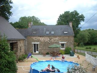 Les Vallees Gite, traditional Brittany Farmhouse - Josselin vacation rentals
