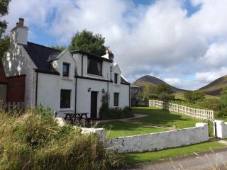 10 Torrin, Broadford, South Is - Torrin vacation rentals