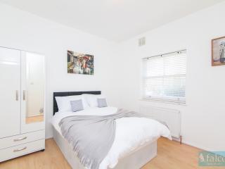 City Centre @ Fitzrovia W1 - 1Bedroom + Balcony - London vacation rentals