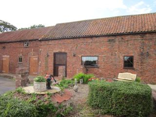 Larkrise Cottage KirtonLindsey Lincolnshire - Kirton in Lindsey vacation rentals