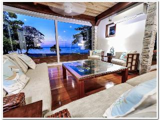 Beachfront Paradise Sleeps 10-12 - Roatan vacation rentals