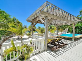 Beachfront Casa Sunburst - Roatan vacation rentals