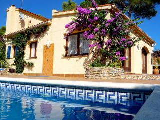 Lovely Villa with Internet Access and Satellite Or Cable TV - Tamariu vacation rentals