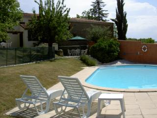 Delightful house with pool in Bellegarde du Razes - Bellegarde-du-Razes vacation rentals