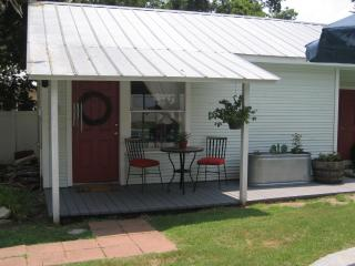 Cottage with Private Pool in Historic Downtown - Texas Prairies & Lakes vacation rentals