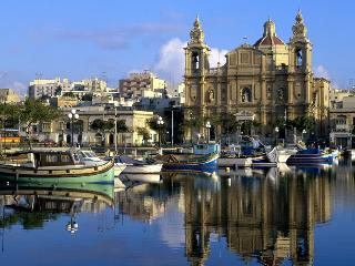 Modern Apartment - 3 Bed - Sliema - Sliema vacation rentals