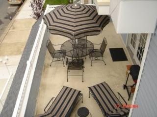 Classy & Comfortable!!  Walk to Beach & Boards ! - Wildwood vacation rentals