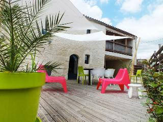 Nice House with Internet Access and A/C - Saintes vacation rentals