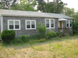 3-bedr.Cottage, Walk to Beach, Central Air - South Yarmouth vacation rentals