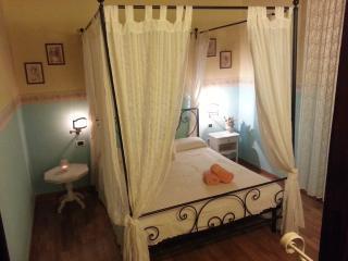 Nice 1 bedroom Sassari House with A/C - Sassari vacation rentals