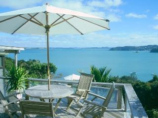 Lovely 3 bedroom House in Russell - Russell vacation rentals