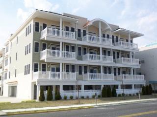 ~OCEANFRONT TOP FLOOR CONDO WITH POOL~ - Wildwood Crest vacation rentals