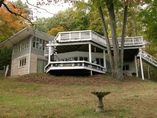 WATERFRONT HOME ON LAKE MONROE - Freetown vacation rentals