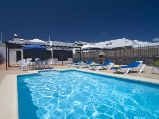 Comfortable Puerto Del Carmen Villa rental with Grill - Puerto Del Carmen vacation rentals